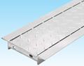 片岡産業のグレーチングの縞鋼板タイプ